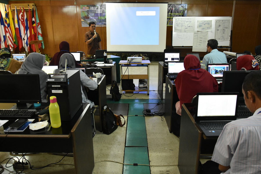 BIOTROP's Training Course on Spatial Modeling Supports National Food Security Program